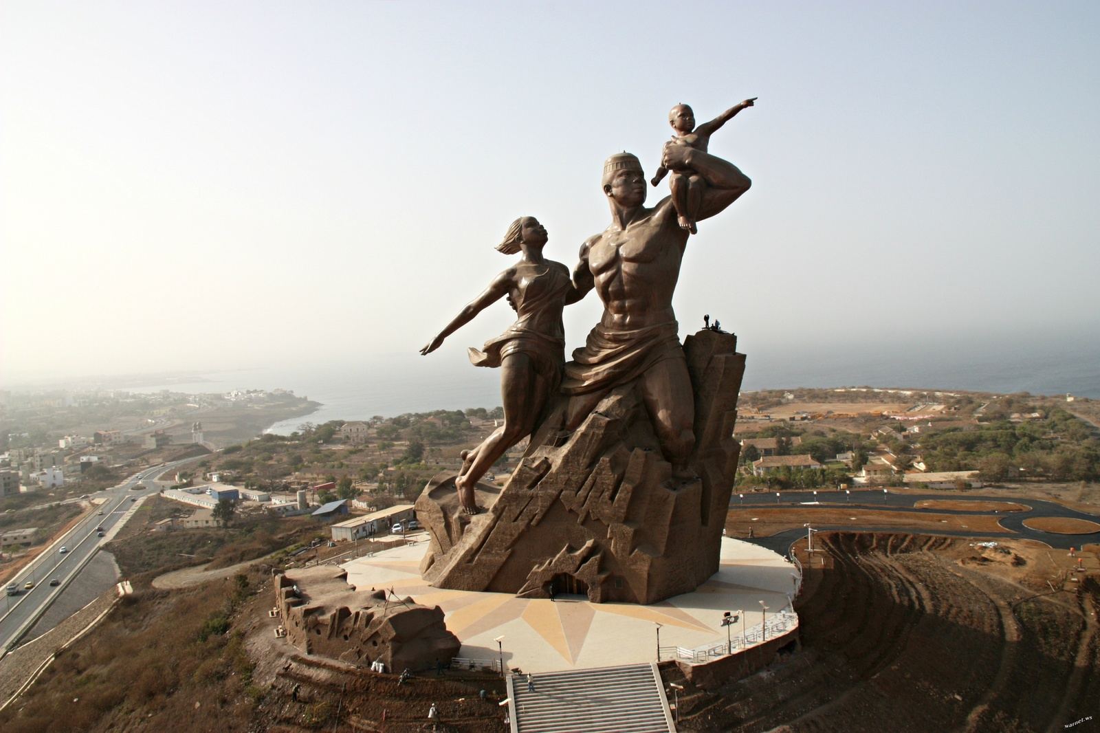 Image: Public monument celebrating the fiftieth anniversary of Senegal's independence from France 2010, copper and bronze, Dakar, Senegal.